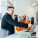 10 wskazówek dotyczących budowania i wzmacniania relacji biznesowych