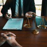 Czym jest i jak działa darmowa porada prawna?